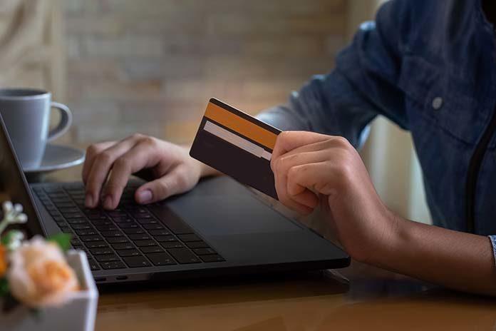 Twoje pierwsze konto bankowe – co wybrać?